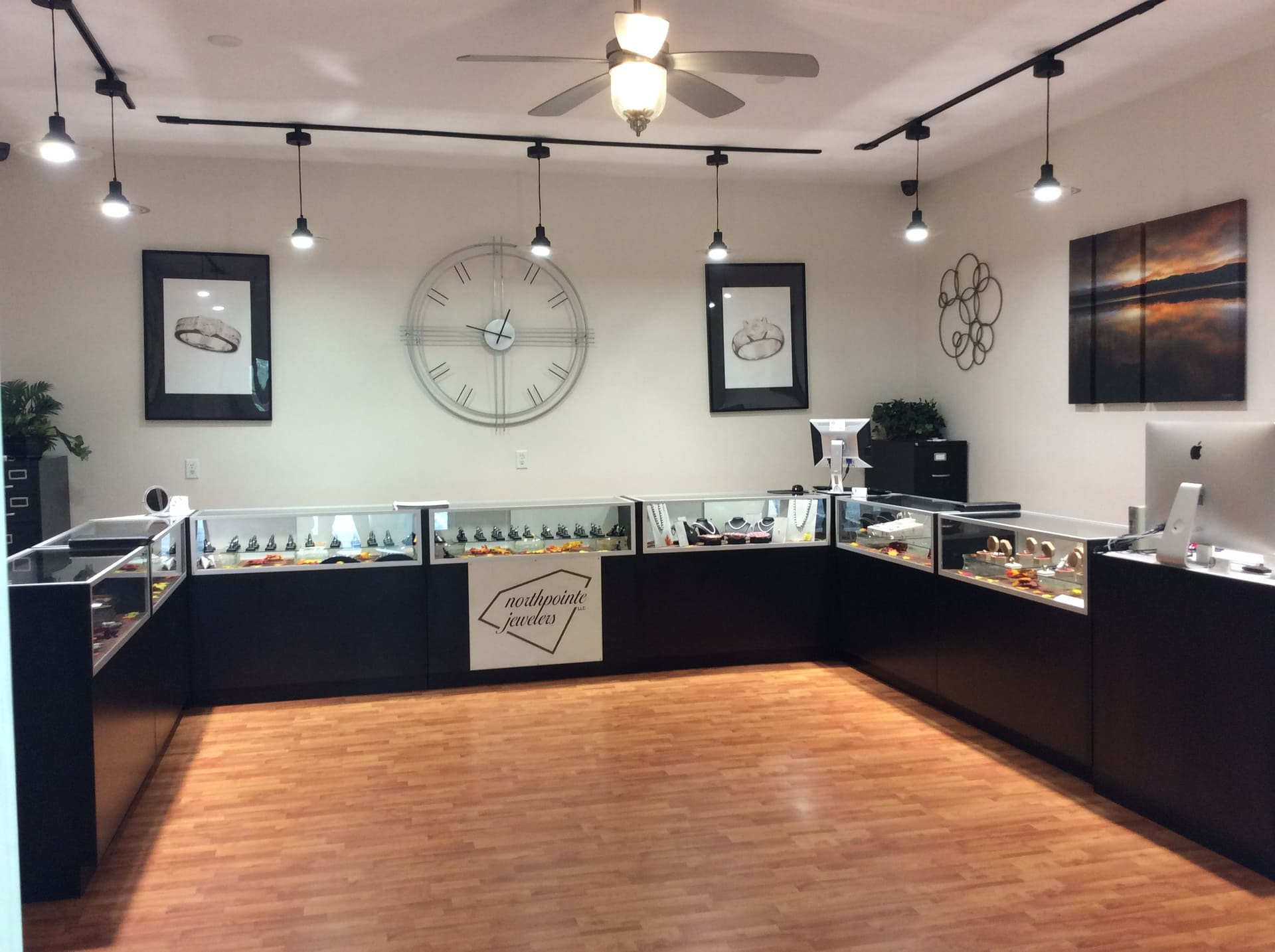 Northpointe-Jewelers-Interior